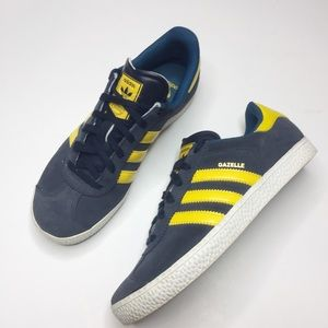 Adidas Gazelle tennis shoes Navy and yellow